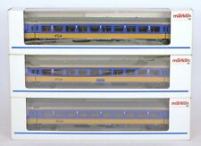 MARKLIN HO 2x 4264 & 1x 4265 NS NETHERLANDS COACHES NEM COUPLINGS MINT BOXED