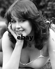 """Jeannie Collings Carry On Girl 10"""" x 8"""" Photograph"""