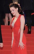 Kristen Stewart Unsigned 8x12 Photo (86)