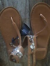 $48 Abercrombie & Fitch Women's Leather Rhinestones Thong Sandals Sz XS 6-7 NWT
