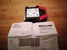 Telemecanique NOT AUS Sicherheitsrelais XPSAC3721,230V/AC NOT AUS Block