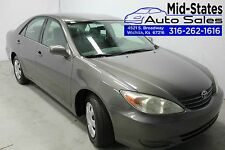 Toyota: Camry 4dr Sdn XLE