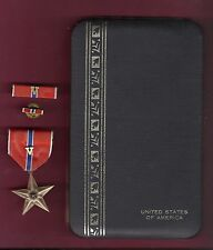 Genuine Bronze Star medal in case with ribbon bar V for Valor Device and lapel