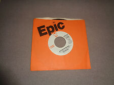 """The Hollies – Writing on the Wall - Epic 7"""" Vinyl 45 - Promo 1977 - NM-"""