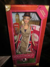 DOLLS OF THE WORLD PASSPORT TO UNITED KINGDOM BARBIE  NRFB!