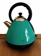 C & C Duck-Egg Pyramid Kettle.