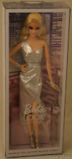2015 Look CITY SHINE Metallic Silver Model Muse Barbie NEW!