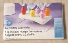 WILTON Decorating Bag Holder 417-1110 Holds 2 Large & 8 Small Featherweight Bags