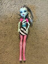 Nice Monster High Frankie Stein Dawn of the Dance doll Nice!!