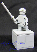 NEW Unique Lego Star Wars LUKE SKYWALKER STATUE Gray Display w/Light Saber  RARE