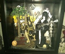 ELVIRA Mistress of the Dark Custom Figure Creations Shadow box W/ Alice Cooper