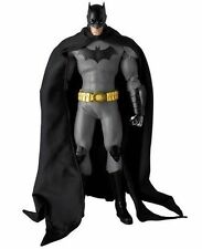 DC Superheroes THE NEW 52 BATMAN Real Action Hero FIGURE RAH 1/6 Scale *NEW*