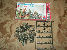 AMT US PARATROOPERS 82a, SCREAMING EAGLES, FIGURINES, 1/72 SC