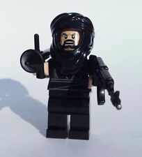 NEW CUSTOM LEGO BATMAN with WEAPONS SOLDIER ANGRY TERRORIST BAD GUY BRICK WARS