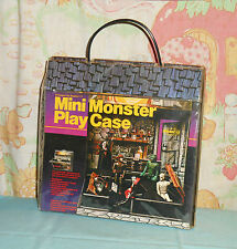 vintage Remco Universal Monsters MINI MONSTER PLAY CASE w/ accessories non-glow