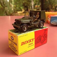 Dinky Ref 828 Jeep Porte Fusées Mint in original box stock de magasin