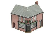 Hornby Corner Pub R9833 OO Scale (suit HO also)