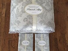 PEACOCK ALLEY QUEEN CLEO  3 PC QUILTED COVERLET & SHAMS PRISTINE SILVER GRAY
