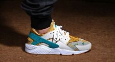 Nike Air Huarache Run PA Light Bone and Radiant Emerald Size 8