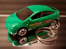 Green Toyota Prius Taxi Cab Diecast 3D Key Chain Ring Fob