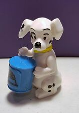McDonalds Happy Meal Toys 101 Dalmatians DALMATIONS #32 DOG holding dog food