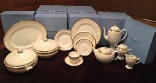 WEDGWOOD Celestial Gold 78-piece Fine China Set, service for 12