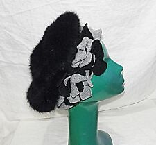 60S INSPIRED RETRO BERET HAT JANES BLACK CROWN GREY SURROUND & FELT FLOWERS O/S