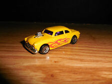 HOT WHEELS 2000 SHOE BOX YELLOW TOY COLLECTIBLE