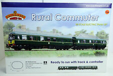 BACHMANN 'OO' 30-160 'RURAL COMMUTER' INC BR GREEN CLASS 105 DMU TRAIN SET NEW