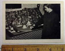 1 TRAIN MODEL SET  IN WOMANS HOME SNAPSHOT 1940s #tr55