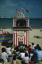 633032 Punch And Judy A4 Photo Print