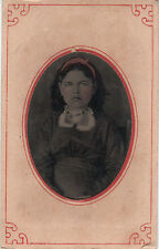 Ferrotype format cdv : Fillette assise en pose , colorisée  , vers 1870