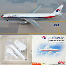 MALAYSIA AIRLINES AIRBUS A330 STARJETS DIECAST MODEL PLANE 1:500