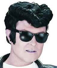 MENS BLACK GREASE ELVIS WIG 1950S TEDDY BOY DANNY ZUKO ROCK N ROLL FANCY DRESS