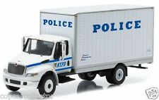 Greenlight 1/64 NYPD New York City Police International Durastar Box Van