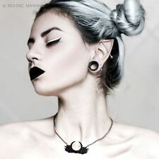 Necklace Collier The Rogue + The Wolf Moonrise Moon Wings Lune Gothic Gothique