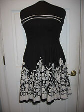Ruby Rox dress Size 7 Black with White Juniors