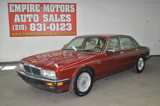 Jaguar : XJ Base Sedan 4-Door