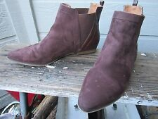 Plume by Farylrobin Brown Chelsea Flat Ankle Boot Women's US 9 ADORABLE Vegan