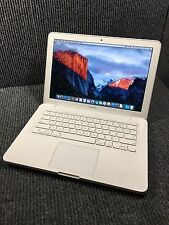 Apple MacBook MC207LL/A 2009 Intel Core 2 Duo 2.26GHz 2GB RAM 200GB HDD Warranty