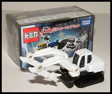 TOMICA Lottery 18 POLICE #65 Hitachi Double Arm Working Machine Astaco 1/90 Tomy