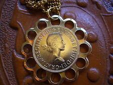 + Elizabeth II. DEI. Gratia. Regina. F:D: + Flor Collar Medalla montado