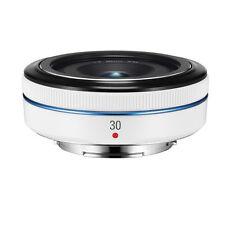 Samsung NX30mm F/2.0 Lens (White) - NX1 NX30 NX200 NX300 NX500 NX3000-White box