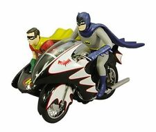 Hot Wheels  LIT Batman Classic TV Series Batcycle Batman & Robin 1:12 Scale New