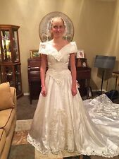 Wedding Dress, Vintage 80's Off-shoulder With Long Train, Lace Gloves, Gorgeous!