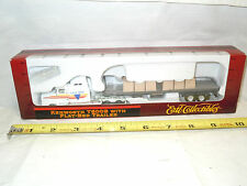 Color-Line Transport Kenworth Semi With Flat-Bed Trailer   By Ertl  1/87th Scale