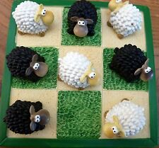 NOVELTY BLACK & WHITE SHEEP NOUGHTS & CROSSES GAME! FUN & ORNAMENTAL HOME DECOR