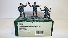 BRITAIN'S WW2 17144 GERMAN WERMACHT ASSAULT SET MINT BOXED 54MM (BS751)