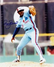 RAY BURRIS  MONTREAL EXPOS   ACTION SIGNED 8x10