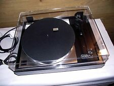 Linn Sondek LP12 Turntable with Linn akito Tonearm and Cartridge.